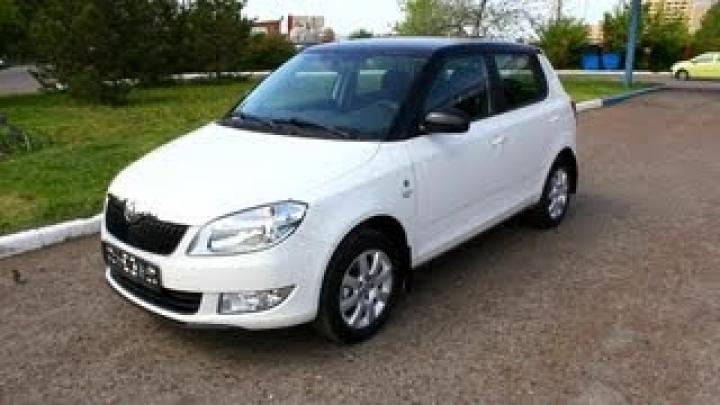 2013 Skoda Fabia Sochi. Start Up, Engine, and In Depth Tour.
